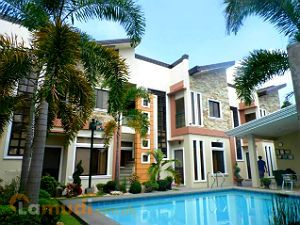 Apartments with Pool in a Gated Community