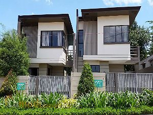 Modern Townhouses for Sale in Antipolo