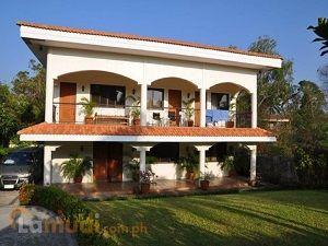Elegant Mediterranean-Style House 4 Bedrooms