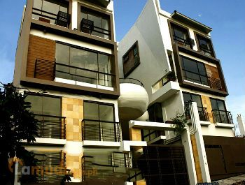 Townhouses for Sale in San Juan