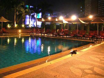Shangri-La Poolside