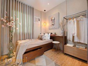 Simple Feminine Bedroom