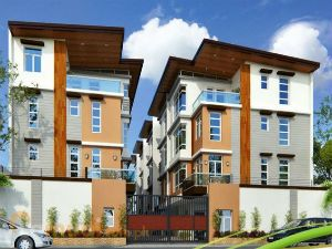 Community of Townhomes in New Manila