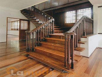 Colonial Spanish Staircase