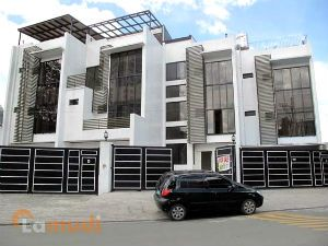 Multi-storey Townhomes for Sale
