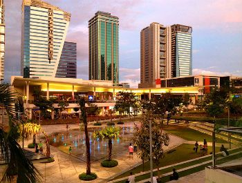 Sunset at Bonifacio High Street